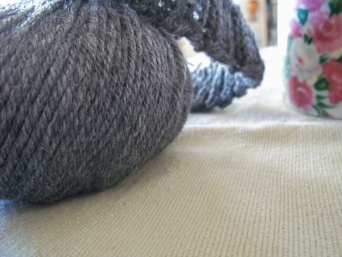 Cookies and grey knitting 025