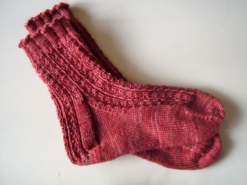Yarn and socks 008